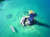 Вид с воздуха seascape при шлюпки чистой воды и роскоши бирюзы принятые трутнем Стоковые Изображения RF