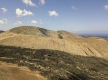 Вид с воздуха Timanfaya, национального парка, Blanca кальдеры, панорамного вида вулканов Lanzarote, Канарские острова, Испания стоковая фотография rf