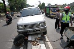 движение аварии поврежденное автокатастрофой Стоковые Фото