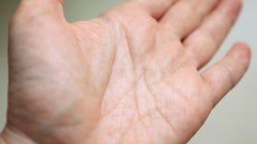 движение медленное Индивидуальная рука кожи картины видеоматериал