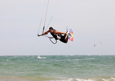 движение kitesurfer нерезкости действия Стоковое Фото