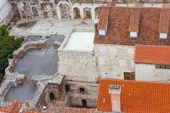 Визирования Хорватии Красивое разделение города хорватский рай diocletian дворец Стоковые Изображения RF