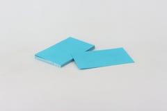 Визитные карточки голубые на белой предпосылке Стоковая Фотография RF
