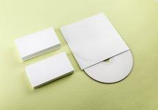 Визитные карточки и компактный диск Стоковые Изображения RF