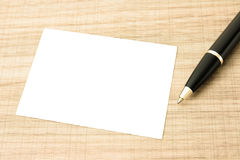 Визитные карточки и ручка Стоковые Изображения RF