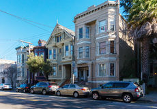 Викторианская архитектура в Сан-Франциско Калифорнии США Архитектура жилых домов с красочные фасады Стоковое Фото