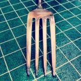 Вилка на скатерти Стоковое Изображение RF