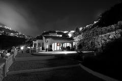 вилла ночи стоковое изображение rf