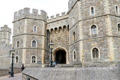 Виндзор, Великобритания - 29-ое августа 2017: Взгляд средневекового замка Виндзора замка Виндзора королевская резиденция на Виндз Стоковые Фото