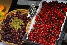 Виноградины и вишни Стоковое фото RF