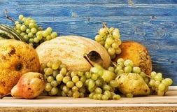 Виноградины и другое дынь приносить Стоковые Изображения RF