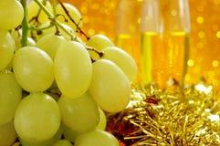 Виноградины и шампанское Стоковые Фото
