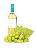 Вино бутылки белых виноградин Стоковые Изображения RF