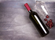 вино бутылочного стекла красное вино жизни неподвижное Еда и концепция пить стоковые фото