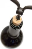 вино взгляда бутылки верхнее раскупоривая Стоковые Фото