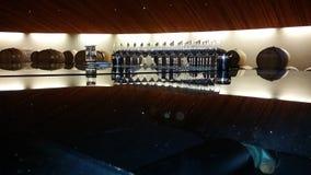 вино дегустации руки кубка Стоковые Фотографии RF