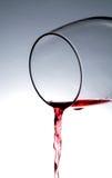 Вино лить от стекла Стоковое фото RF