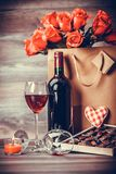 Вино и коробка шоколадов Стоковое Фото