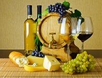 Вино и сыр Стоковая Фотография