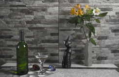 Вино и цветки Стоковые Фото