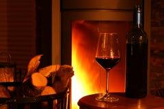 Вино на камине Стоковое Изображение RF