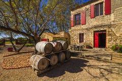 Вино несется предпосылка старого дома Франция Стоковые Фотографии RF