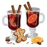Вино обдумыванное рождеством с специями, человек пряника, оранжевый кусок Стоковое Изображение RF