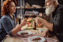 вино пар выпивая Стоковая Фотография RF