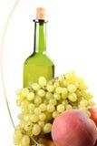 вино плодоовощ бутылки корзины Стоковое Изображение RF