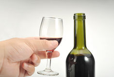вино руки стоковые фото