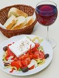 вино салата хлеба греческое Стоковые Изображения