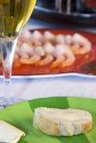 вино шримсов стеклянной пластинки Стоковое Изображение RF