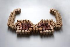 Вино corks состав солнечных очков стоковая фотография rf