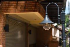 Винтажная лампа стойки для экстерьера Стоковое Изображение