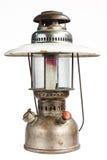 Винтажная лампа фонарика масла керосина на предпосылке изолята Стоковое Изображение