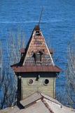 Винтажная башня на предпосылке голубого моря Стоковое фото RF