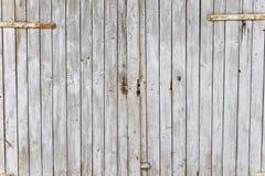 Винтажная дверь амбара стоковая фотография rf