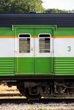 Винтажная дверь фур поезда стоковые изображения rf