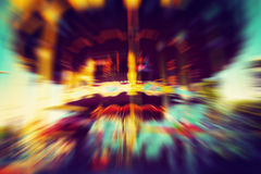 Винтажная весел-идти-круглая, carousel в движении стоковое фото