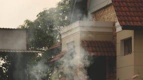 Винтажная дверь дома и детали Windows с крышами плитки Стоковые Изображения
