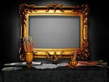 Винтажная деревянная рамка в студии художника Стоковые Изображения RF