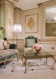 Винтажная живущая комната с fretwork стоковая фотография rf