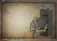 Винтажная камера складчатости Стоковая Фотография