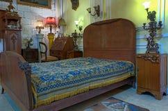 Винтажная комната кровати Стоковое Изображение