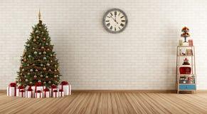 Винтажная комната с рождественской елкой Стоковая Фотография