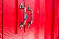 Винтажная красная дверь Стоковая Фотография
