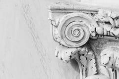 Винтажная мраморная столица в roma стоковые фотографии rf