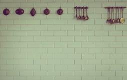 Винтажная ложка кухни и смертная казнь через повешение вилки (фильтрованное изображение Стоковое Изображение RF