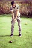 Винтажная позиция игрока гольфа Стоковое Изображение RF