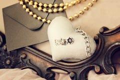 Винтажная предпосылка с сердцами на день Валентайн handmade фото стоковые изображения rf